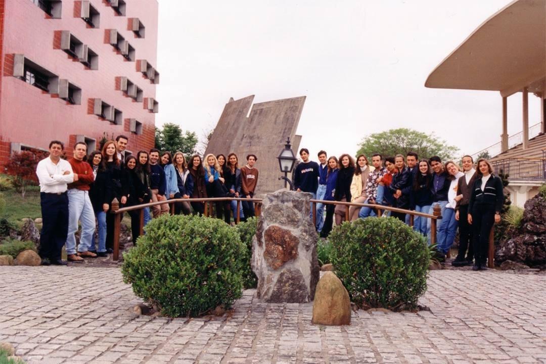 Puc-Pr 1994