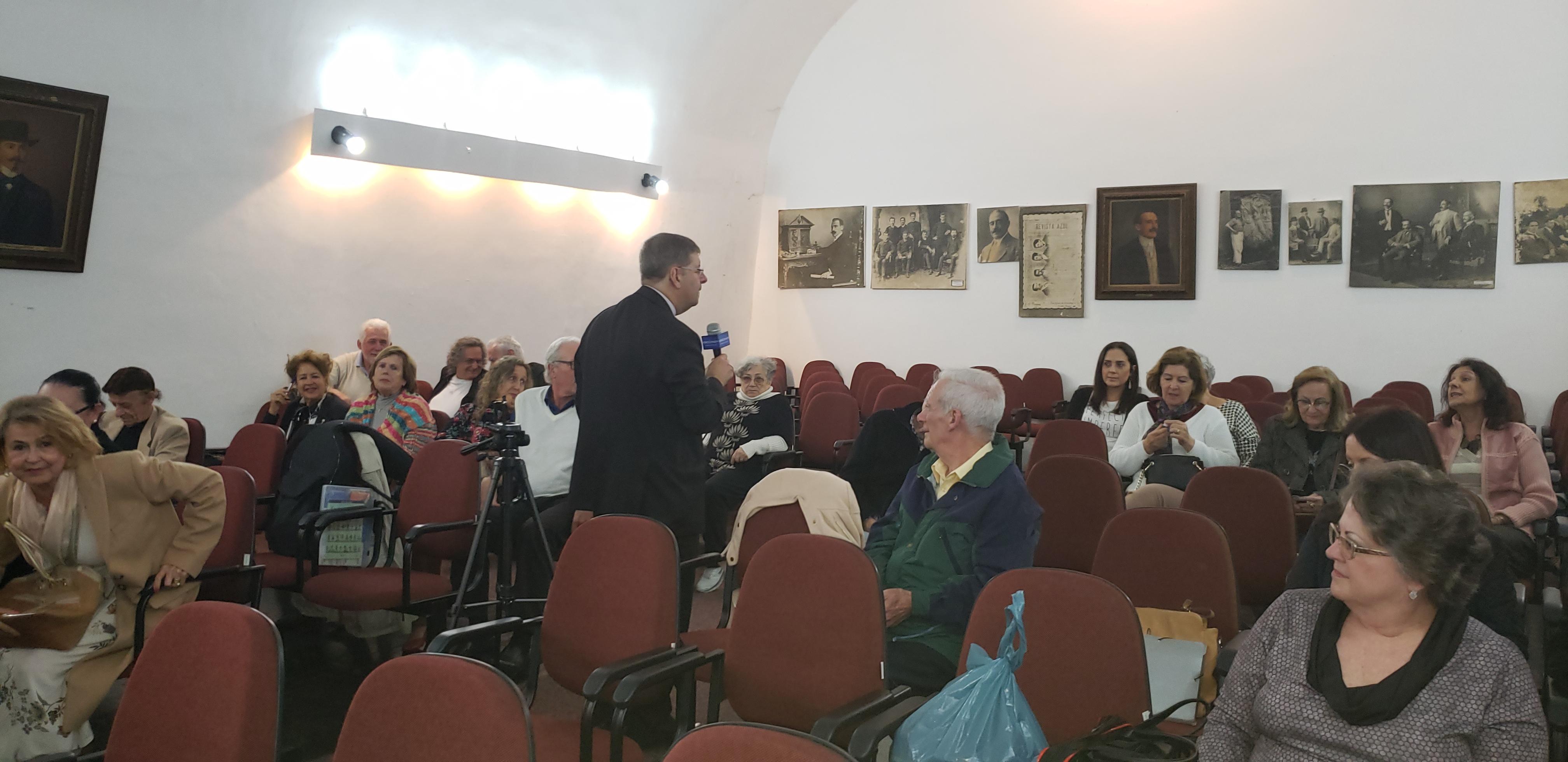 Flagrantes da palestra sobre Economia da Oralidade no Centro de Letras do Paraná